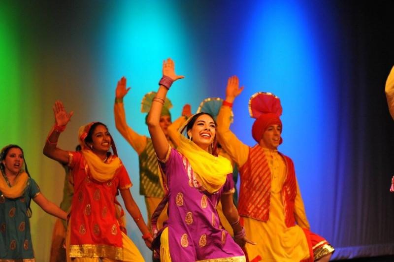 Geneseo's Gajjada Bhangra